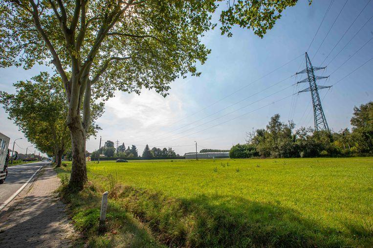 Deze mast zal vervangen worden zodat er drie kilometer aan leidingen bij kan komen richting Eizeringen.