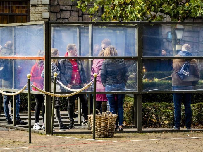 Bezoekers in de Efteling.