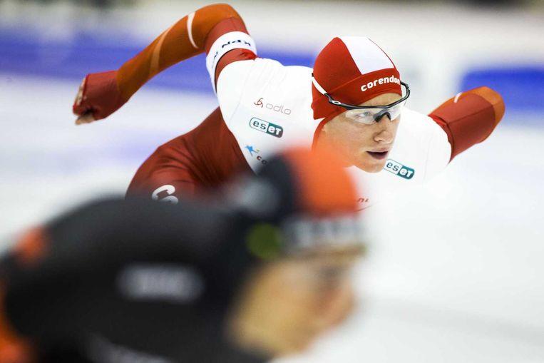 28 december 2014. Jan Blokhuijsen in actie op de 1.500 meter tijdens het NK allround in Heerenveen. Beeld null