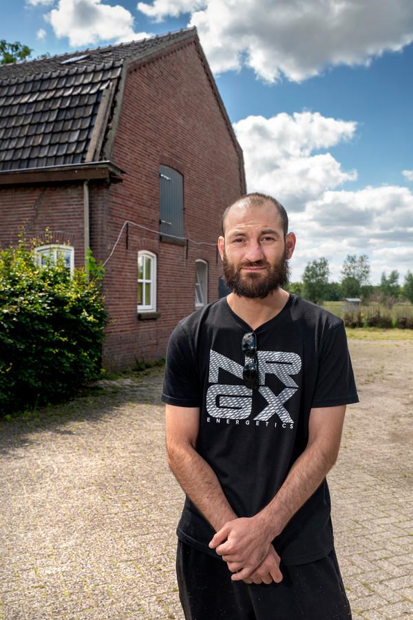Alexandru Balint keert vrijdag gedesillusioneerd terug naar zijn thuisland.