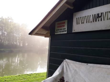 Inbraak bij  visclub De Karper in Winterswijk: 'Ook metalen zeecontainer houdt die dief niet tegen'