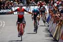Richie Porte wint de rit, vlak voor Poels