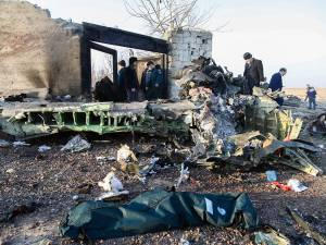 Un Boeing s'écrase à Téhéran, 176 morts: les boîtes noires retrouvées