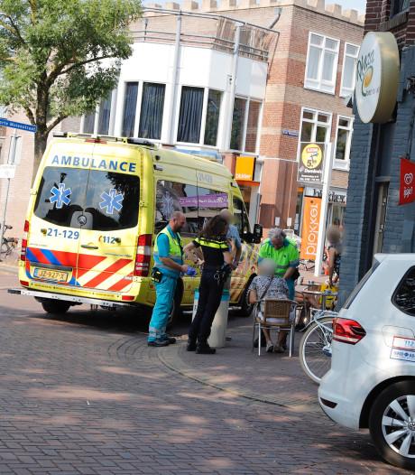 Vrouw breekt heup na val van fiets in centrum Cuijk