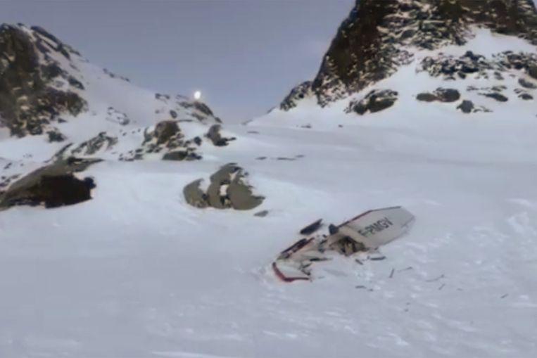 Een beeld van het neergestorte vliegtuigje.