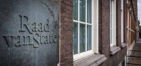 Raad van State hakt knoop door in burenruzie om botenhuis in Giethoorn