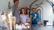 """Krista zet levenswerk van melkboer Paul Van Bruwaene verder en trekt de baan op met verse hoeve-ijsjes: """"IJs maakt mensen gelukkig"""""""