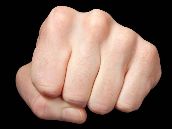 Tilburgers krijgen klappen bij vechtpartij: twee mannen en vrouw opgepakt