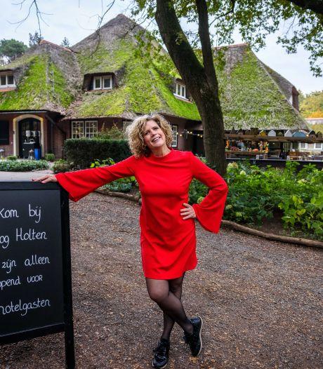 Hoteleigenaar Hanneke uit Holten: 'Je voelt je gewoon schuldig dat je open mag zijn'