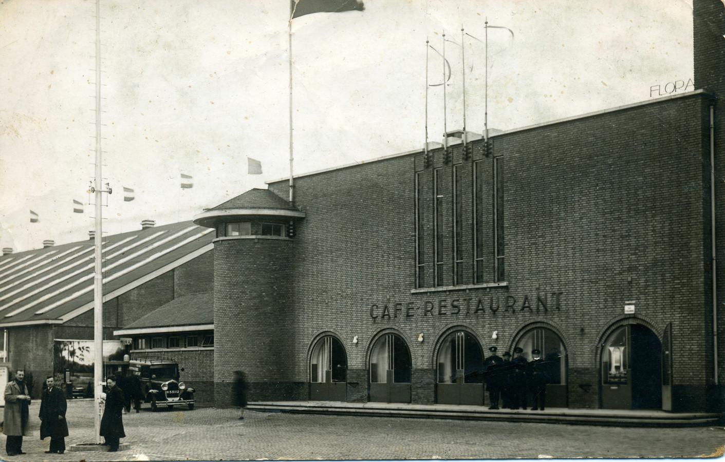 Gebouw Flora in Boskoop, in 1938.