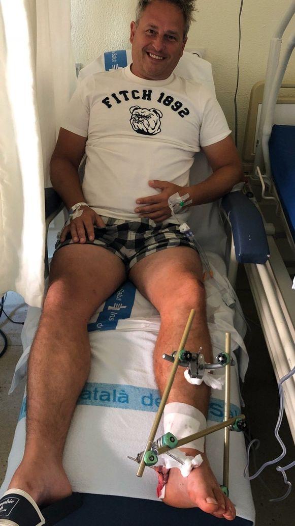 Een open beenbreuk van het scheenbeen en het kuitbeen is het resultaat van het ritje op een elektrische step.
