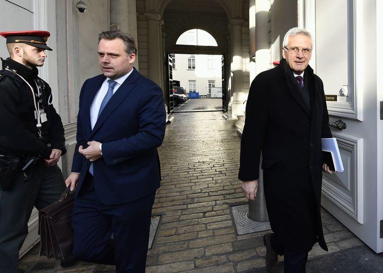 Minister van Telecom Philippe De Backer en minister van Werk Kris Peeters.