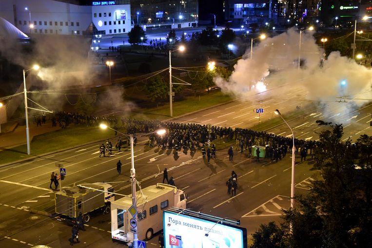 Er vonden afgelopen nacht opnieuw hevige protesten plaats in Minsk.