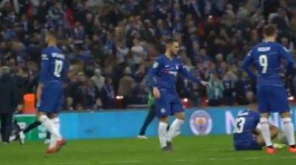 Camera op Hazard na verloren penaltyreeks, zijn reactie toont dat hij leider is