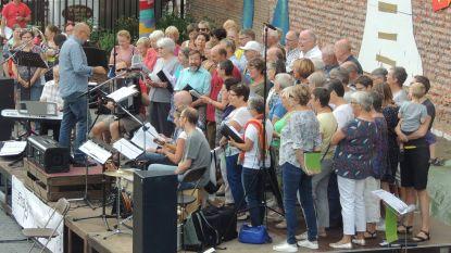 Koor Frappant geeft uitverkocht concert in CC 't Aambeeld