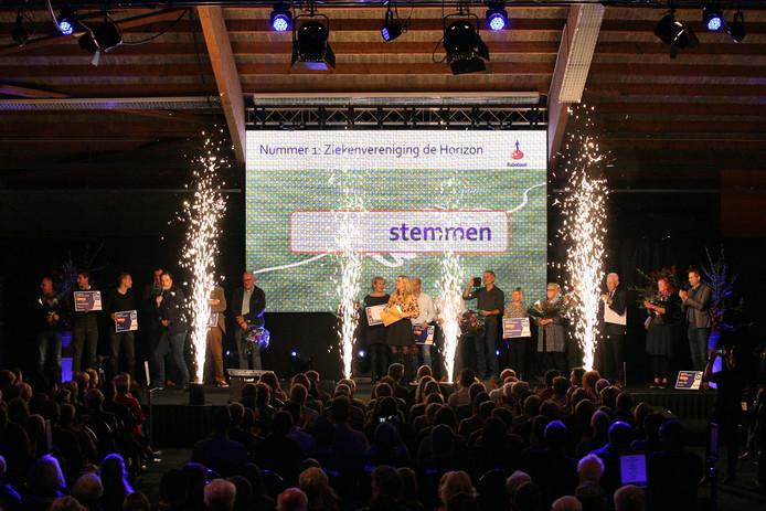 Ziekenvereniging Horizon uit Heesch haalde vorig jaar  4171,50 euro binnen tijdens de finaleavond van de Clubkas Campagne.
