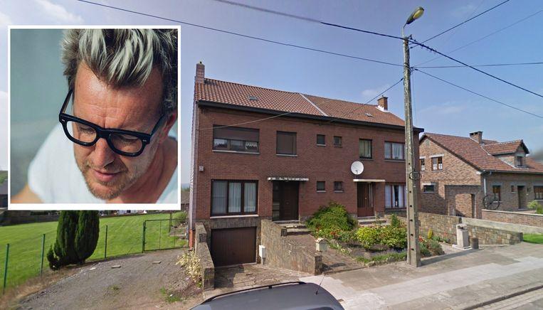 Jean-Yves Wargnies (inzet) was bezig met dakwerken aan zijn woning in Marchienne-au-Pont toen een buurman een wapen bovenhaalde.