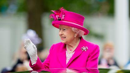 Koningin Elizabeth geeft prins Harry nu pas officieel toestemming te trouwen