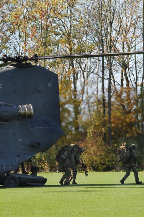 SP: 'schietende' soldaten in Middelburg slecht voor gezondheid van vluchtelingen