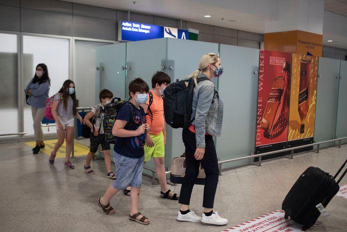 Touristes arrivant à l'aéroport international d'Athènes (archives).