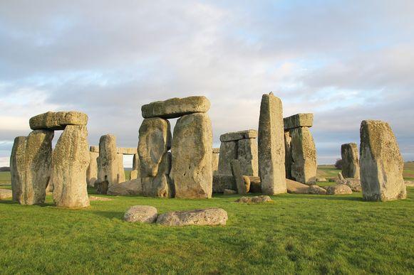 De expo over de eeuwenoude en mysterieuze steencirkels in Stonehenge, die zes maanden in het stedelijk Gallo-Romeinsmuseum heeft gelopen, klokte af op 53.000 bezoekers.