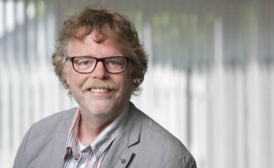 Willem Bruil, hoogleraar agrarisch recht.