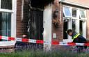 Onderzoek in Hedel, waar een voordeur van een betrokkene bij De Groot in brand is gestoken.