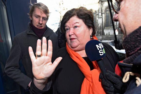 Minister van Volksgezondheid Maggie De Block (Open VLD) is een voorstander van de geheime deals. Onder haar bewind nam het aantal deals explosief toe.