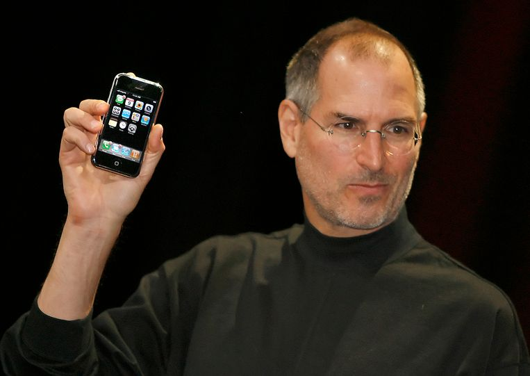 Steve Jobs in januari 2007 bij de lancering van de iPhone.
