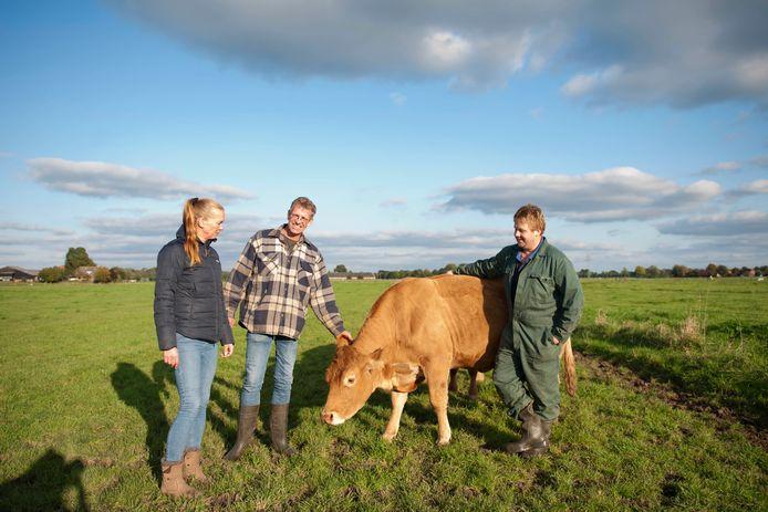 Allart Treep (midden), zijn partner Andrea Terluin en Christian Kalter (rechts) zijn begonnen met het Lierdervlees.