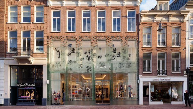 De glazen gevel van de nieuwe Chanelwinkel. Beeld MVRDV