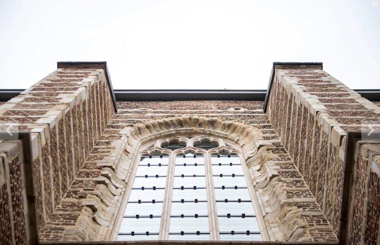 Het koor van de Protestantse Kerk de Brabantse Olijfberg (1615) in Antwerpen wordt gerestaureerd.