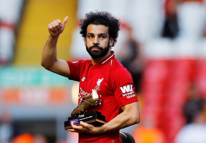 Mohamed Salah staat opnieuw met een gouden schoen in zijn handen.
