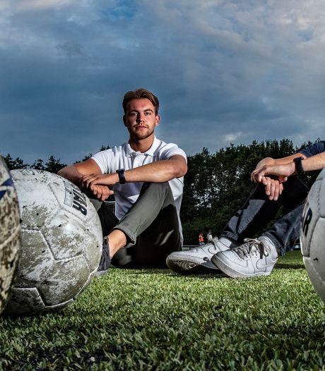 Daan en Stefan realiseren hun droom dankzij het coronavirus: een voetbalschool in Holten