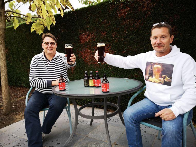 Chris en Jurgen klinken op hun nieuwste telg: de Jurist Pleidooi.