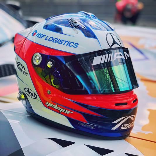 De helm van autocoureur Yelmer Buurman.