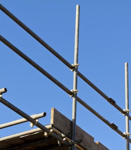 Nuenen laat illegale bouwkeet jaren staan