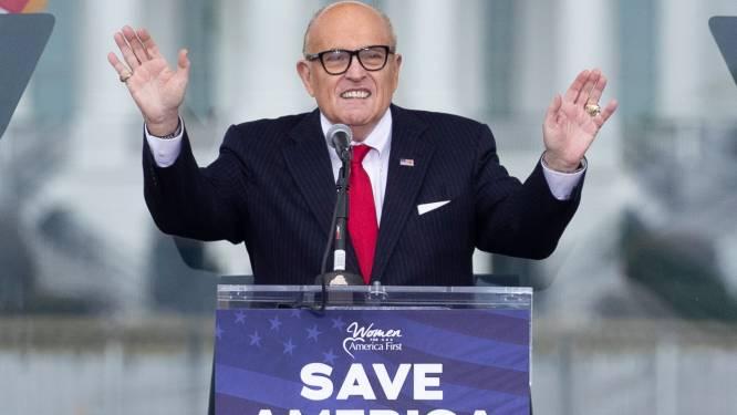 """""""Boze Trump weigert advocaat Giuliani te betalen"""""""