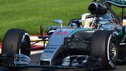 Mercedes domineert opnieuw laatste vrije oefensessie