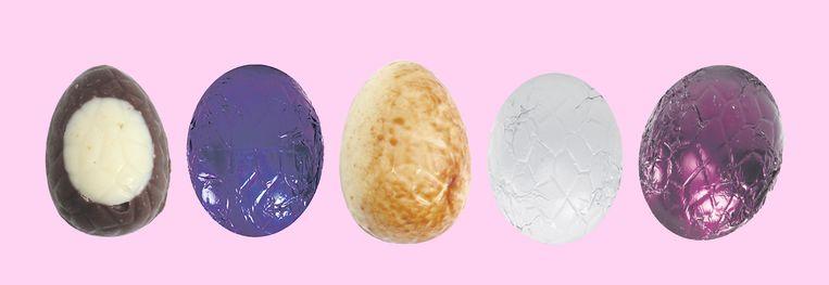 Van links naar rechts: Stracciatella, Knettersuiker,  Crispybiscuit, Dameblanche en citroen. Beeld studio V