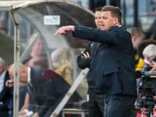 Stegeman noemt beide strafschoppen discutabel: 'Handen dichtknijpen'