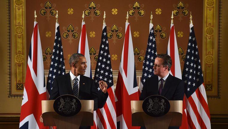 Barack Obama en David Cameron tijdens een persconferentie in Londen op 22 april 2016 Beeld anp