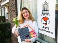 Bedenkster beroemde Utrechtse 'coronaposter' Marije (43) krijgt een wel heel bijzondere verrassing