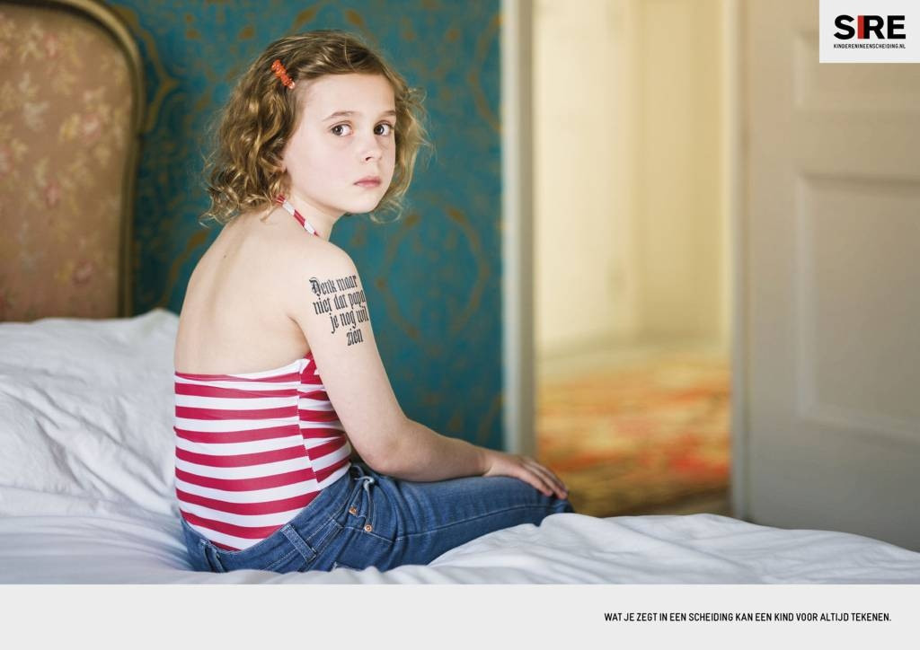 Een van de affiches waarmee Sire in 2011 aandacht vroeg voor de gevolgen van een echtscheiding bij kinderen. De kwestie is nog steeds actueel. Dr. Riet Fiddelaers: 'Geef kinderen de tijd om te rouwen'. foto sire