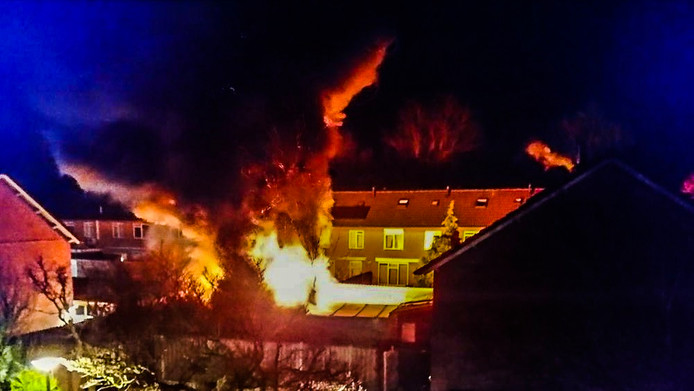 Brand in schuurtjes aan de Valeriusstraat in Gemert.