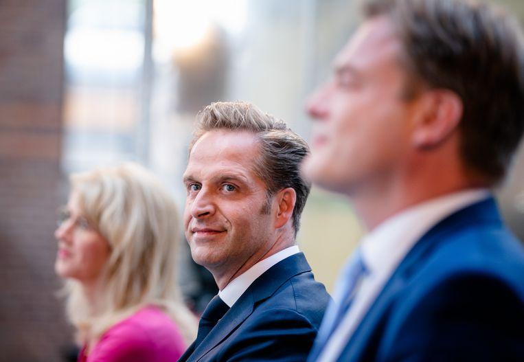 Minister Hugo de Jonge van Volksgezondheid, Welzijn en Sport en Kamerlid Pieter Omtzigt tijdens de bekendmaking van de eerste stemmingsronde voor de lijsttrekkersverkiezing van het CDA. Beeld Hollandse Hoogte /  ANP