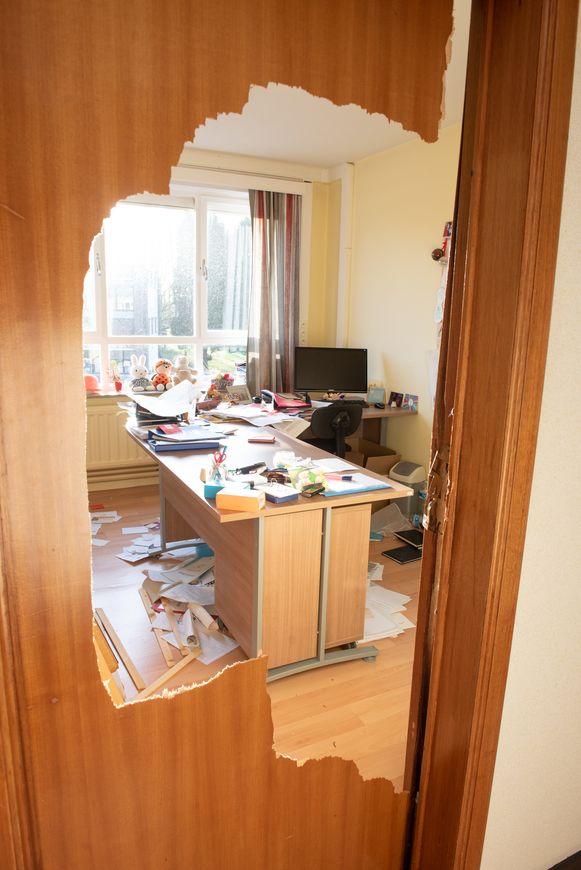 Ruyskensveld in Sint-Maria-Latem: hier schopten de inbrekers zelfs deuren in.