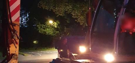 Eigenaar krijgt in Renswoude gestolen shovel snel terug doordat dief strandt met panne