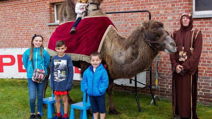 Nieuwe naam én kameel voor VBS De Klimboom