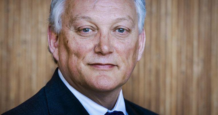 Portret van CEO Gerard van Olphen van de SNS Bank. Beeld null